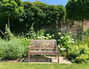 Country Garden Seating