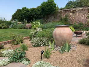 Country Garden Summer water feature